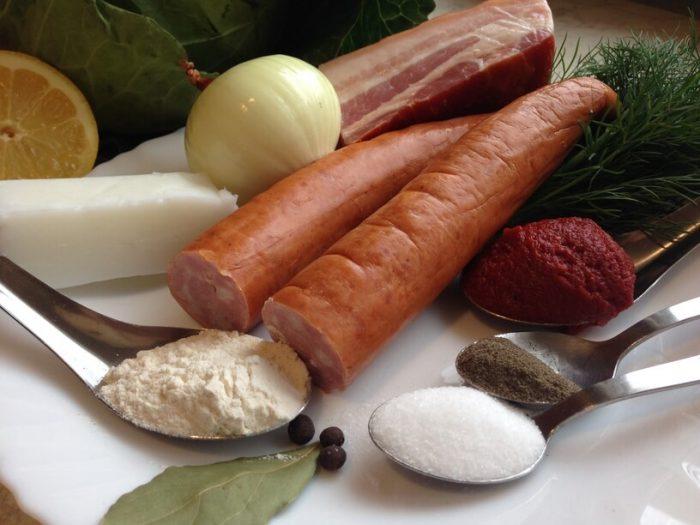 składniki na bigos z młodej kapusty w instantpocie