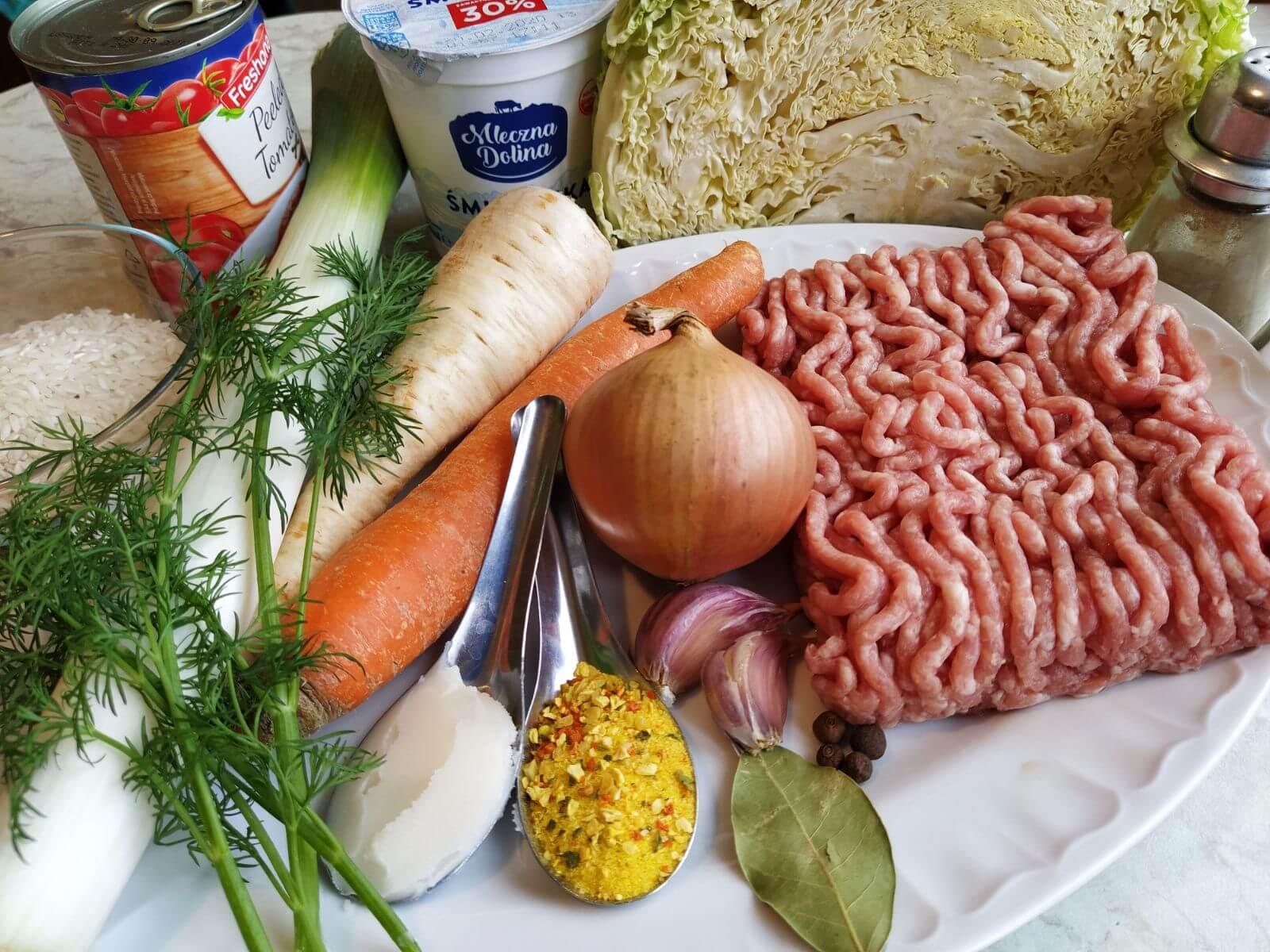 składniki na zupę gołabkowa w instant pot